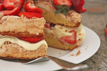 strawberry-almond-torte-6